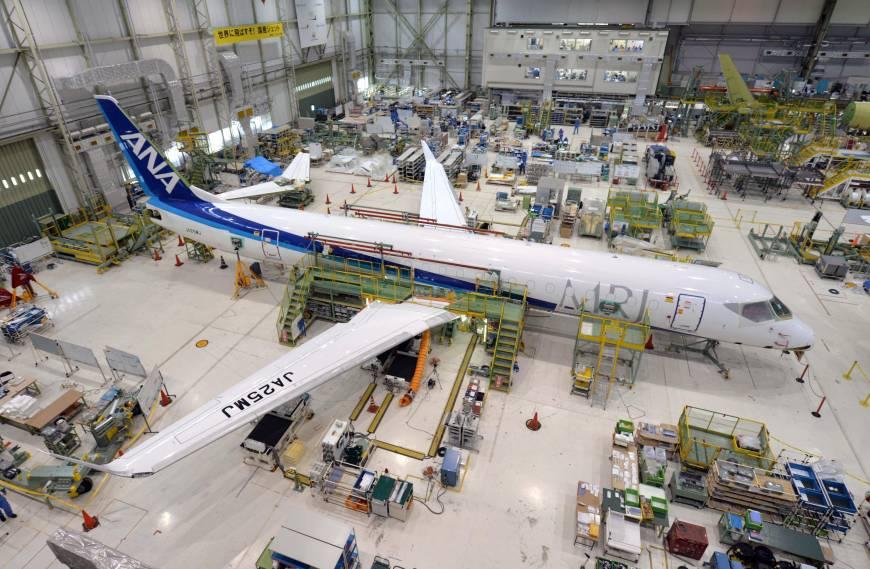"""Программа разработки самолета Mitsubishi Regional Jet все больше превращается в """"мыльную оперу"""""""