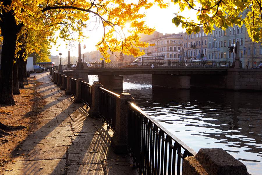 Петербург побил температурный рекорд 1889 года и приблизился к летним +20