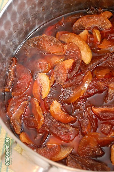 Яблочное варенье, прозрачное и душистое