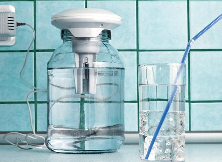 Серебряная вода - уникальное лекарство. Что она лечит? Как сделать дома и не стареть до 100 лет!