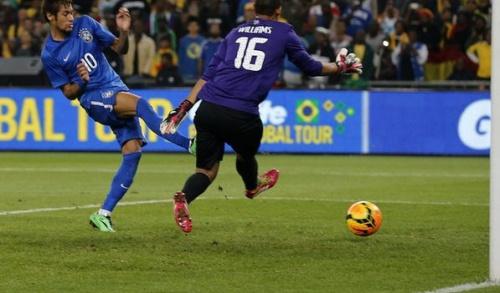 Хет-трик Неймара и шедевр од Фернандиньо. ЮАР – Бразилия – 0:5. Товарищеский матч (ВИДЕО)