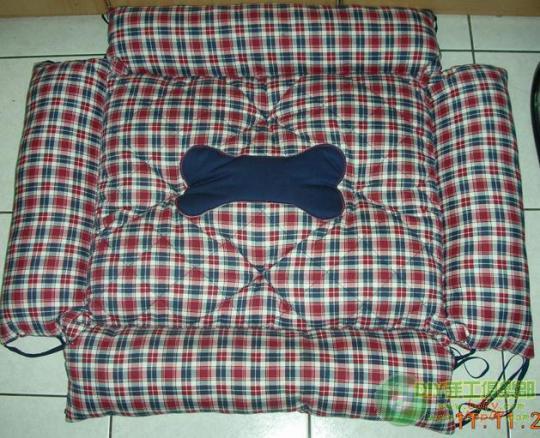 0楼:3_宠物床墊DIY~双面可用 打開加大
