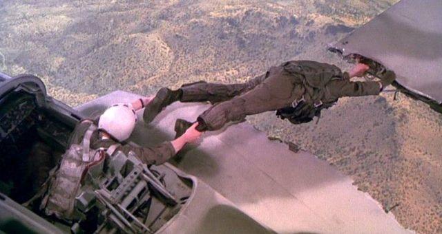 Горячие головы: «Ржавые вертолёты» и жёлтая пресса