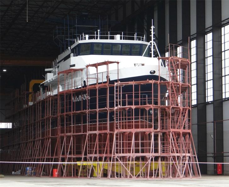 Строительство опытового судна «Ильмень»
