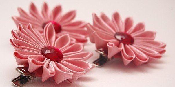 Красивые цветы из лент своими руками! Техника канзаши