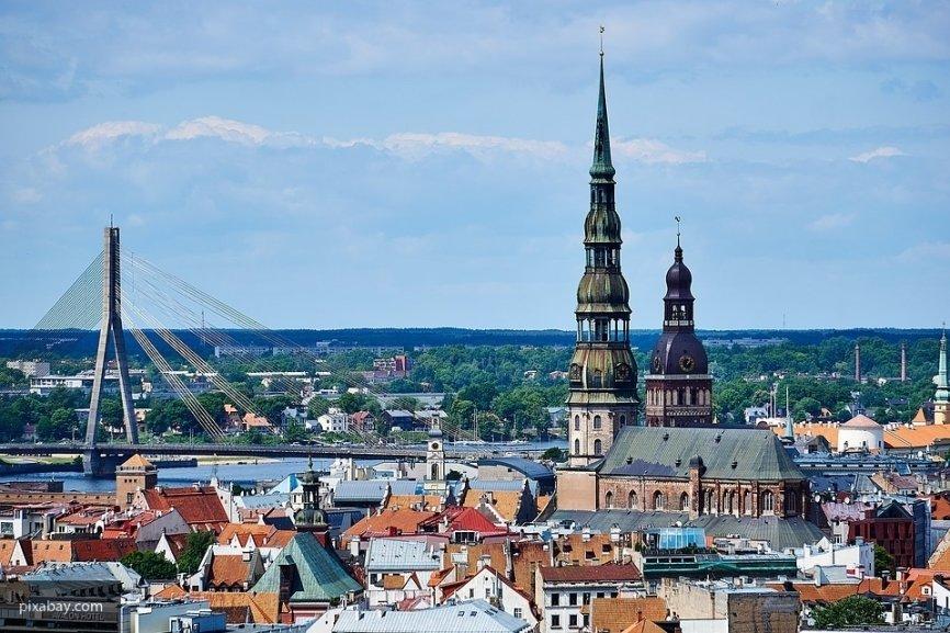 В Латвии сообщили о негативных последствиях для экономики страны из-за плохих отношений с РФ