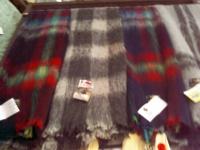 Одеяло из мохеровых шарфов.