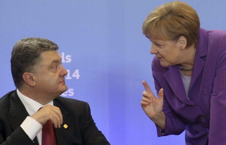 Стало известно, за что Меркель отчитала Порошенко