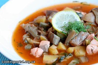 Грибная солянка с лососем