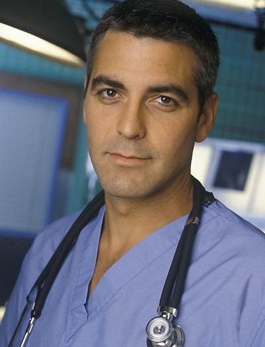 Обладателем почетного титула самого сексуального мужчины в 1997 году стал актер Джордж Клуни.