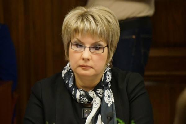 Сенатор Елена Грешнякова: Сп…