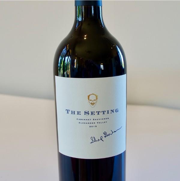 Самым дорогим вином в мире стало каберне-совиньон 2015 года проданное за 350.000$
