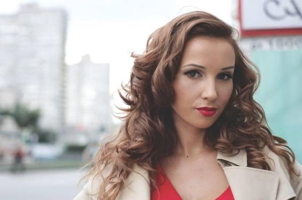 Похудей с Анфисой Чеховой: ведущая раскрыла секрет похудания