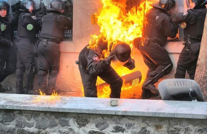 Украина жаждет крови российских силовиков. Юлия Витязева