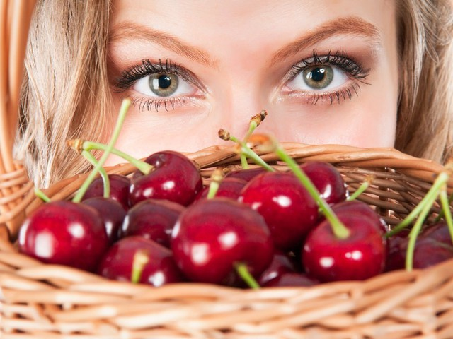 5 важных правил ягодной диеты
