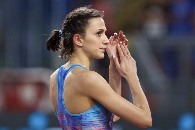 IAAF допустила 18 россиян до международных стартов в нейтральном статусе