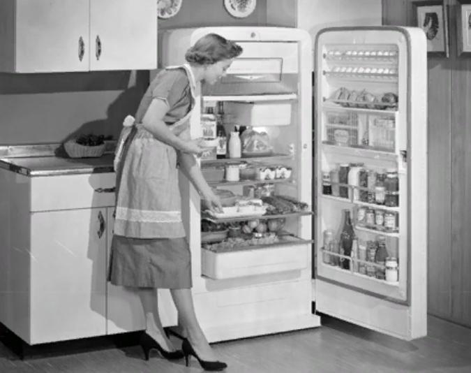 Почему холодильник надо мыть раз в неделю