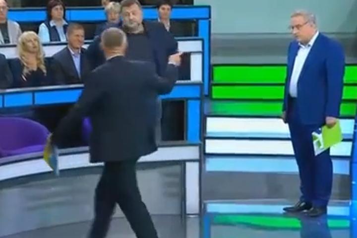 """""""Клоун!"""": Телеведущий Норкин выгнал украинского эксперта из студии"""