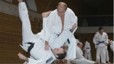 Путин стал великим мастером