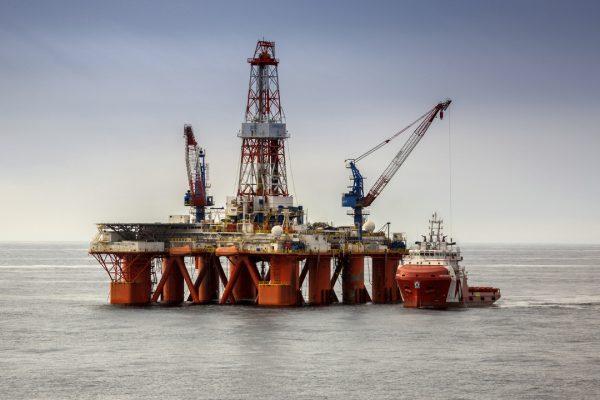 Нефтяные богатства Охотского моря: Россия обогатится за счёт новой скважины