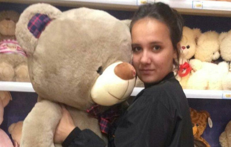 «Бояться было некогда, от меня зависели их жизни»: 15-летняя чудо-девочка с Камчатки спасла из пожара 5 детей и 2 котов