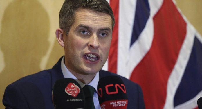 Министр обороны Великобритан…