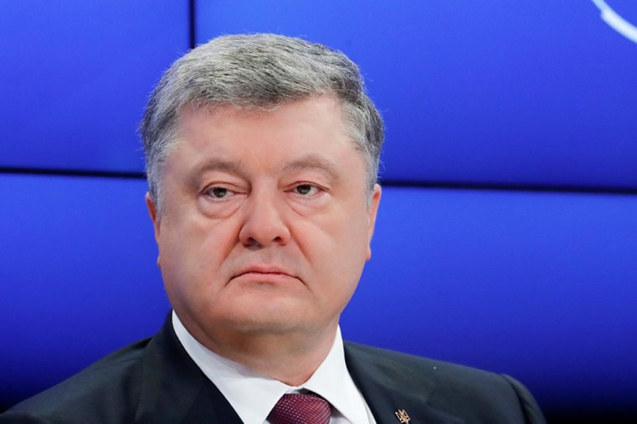 Украинский политик пожаловался, что Зеленский сводит на нет все «старания» Порошенко