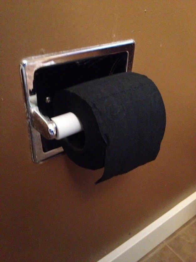 6. А черную туалетную бумагу вы видели? в интернете, неожиданно, непонятно, подборка, странно, странные фото, фото