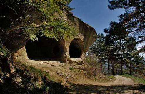 Мифы о Мировом подземелье