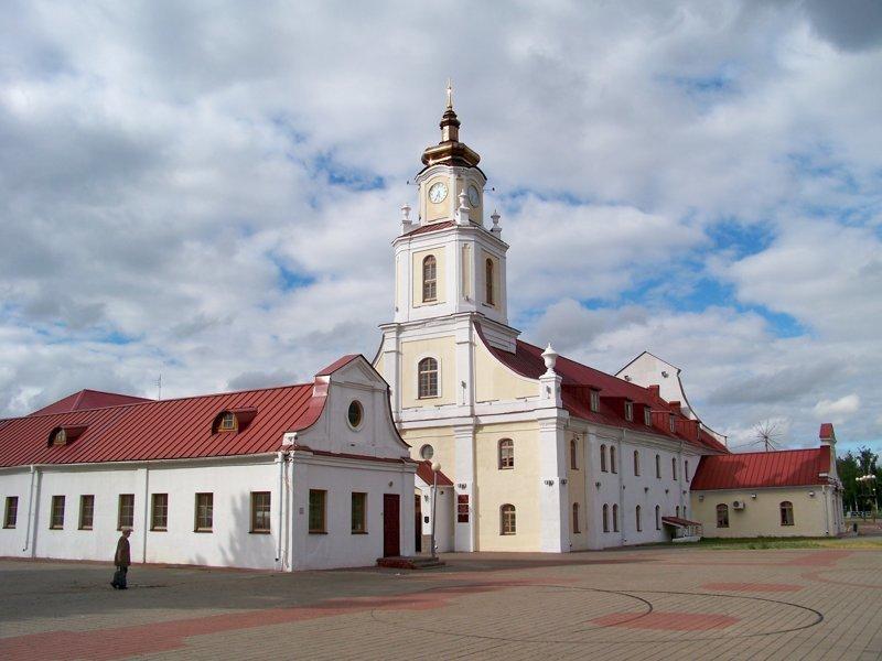 Здание коллегиума долгое время использовали как тюрьму, закрыли только в 1990 г Орша, беларусы, длиннопост, красивые города, лукашенко, путешествия