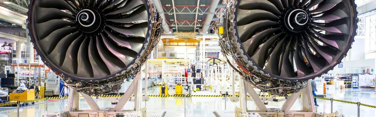 Rolls-Royce считает причиной коррозии азиатский воздух и треснутые лопасти не меняет