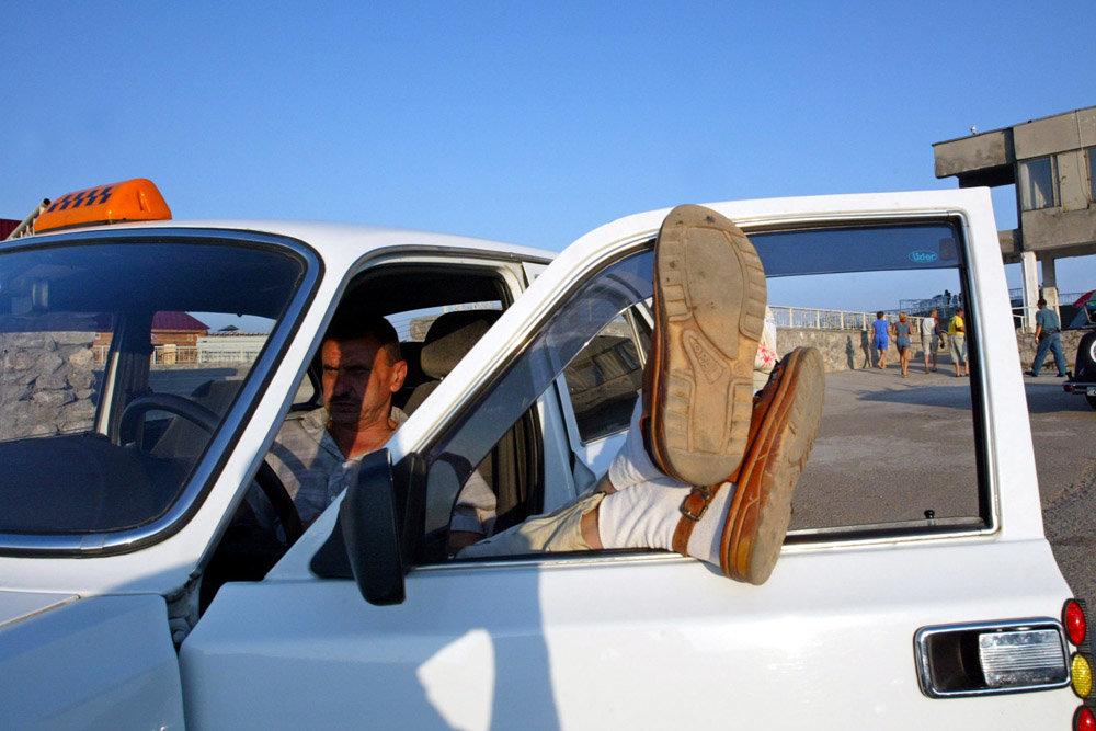 Водителям запретили быть за рулем больше четырех часов