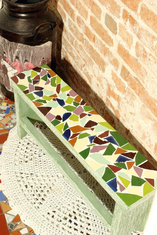 Мозайка садовой лавки