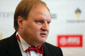 Хрюнов заподозрил американцев в использовании Емельяненко в своих целях