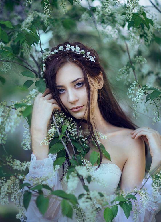 Фейерверк фотографий красивых девушек