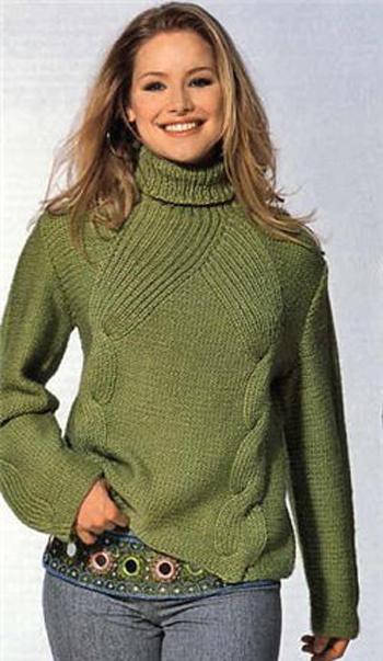Оригинальный свитер с косами