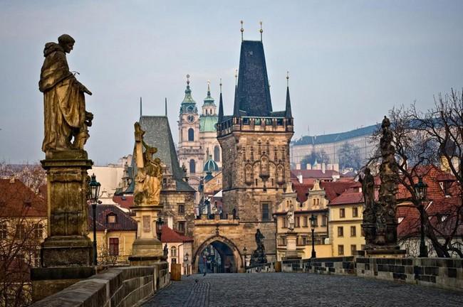 Скульптуры в Праге (краткий обзор)
