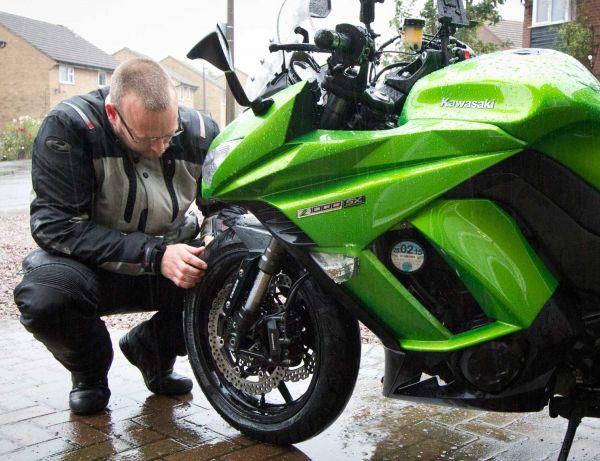 b2ap3_thumbnail_Checking-motorcycle-tyres.jpg