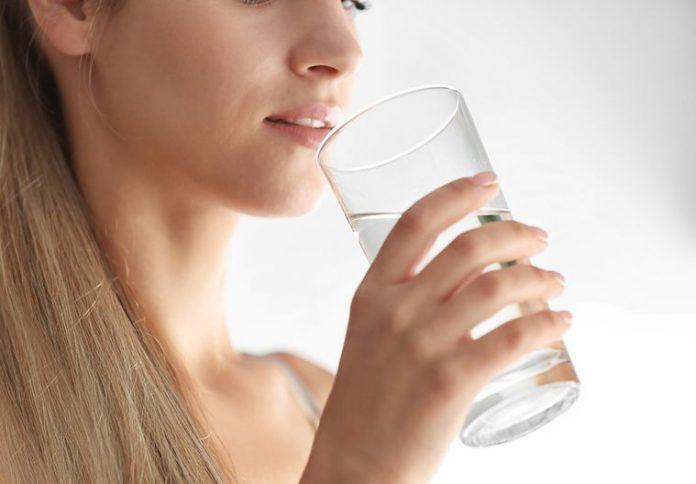 7 вещей, происходящих в вашем организме, если вы регулярно пьете воду