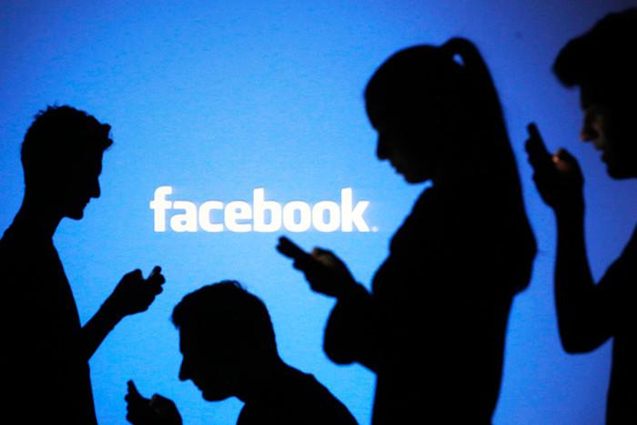 Из Facebook могут удалить за один комментарий