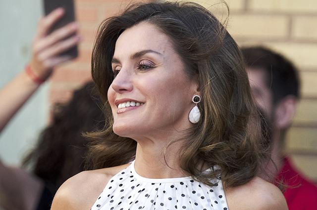 Королева Испании Летиция оча…