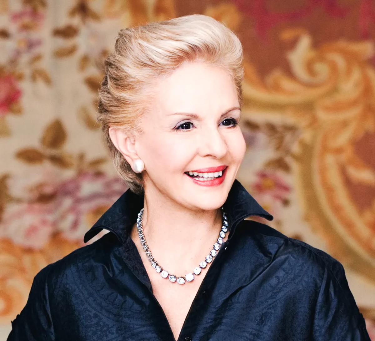 Женщина в 80 выглядит на 50. Вот у кого действительно стоит учиться стилю и брать пример – Каролина Эррера
