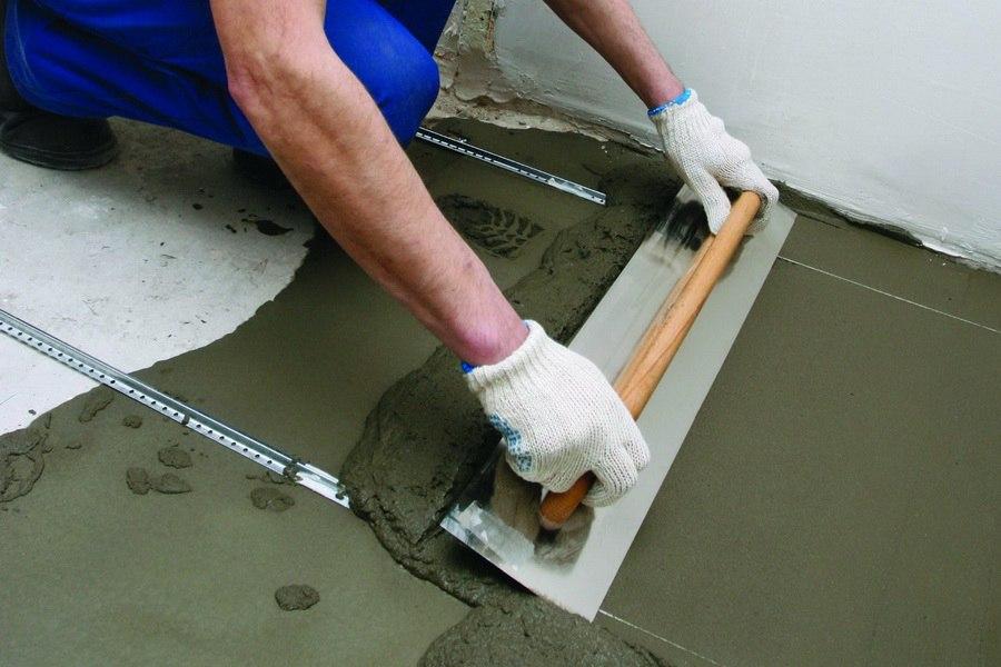 Как сделать цементную стяжку…