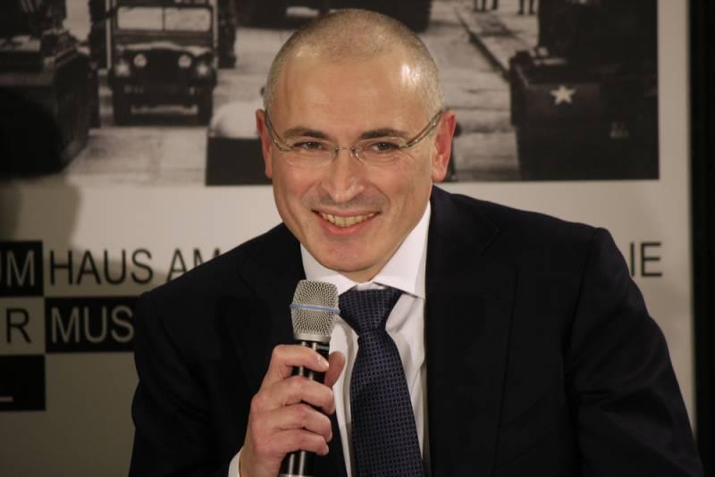 Разведка, Скрипали и расследования Ходорковского