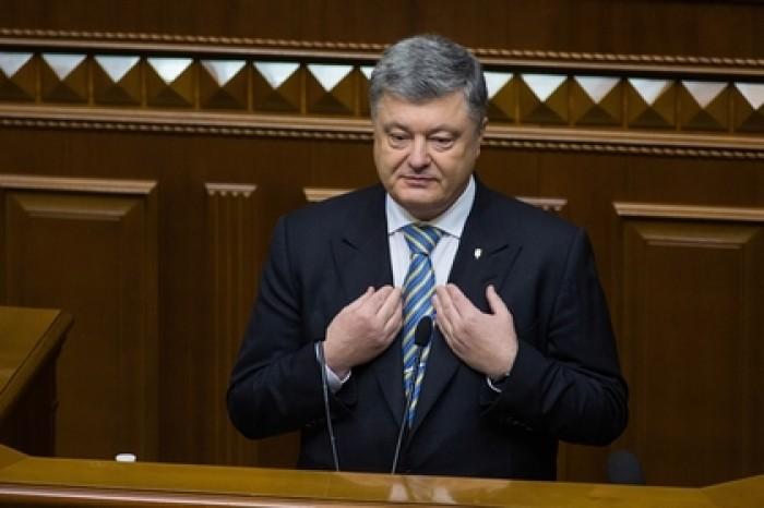 Порошенко «вернулся с фронта» и перечислил свои достижения на посту президента