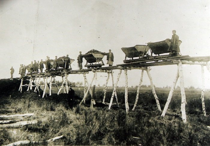 28 фотографий 100-летней дав…