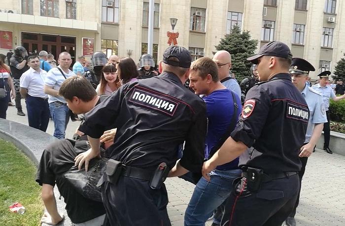 Для разгона незаконных митингов будут использоваться песни звёзд российской эстрады