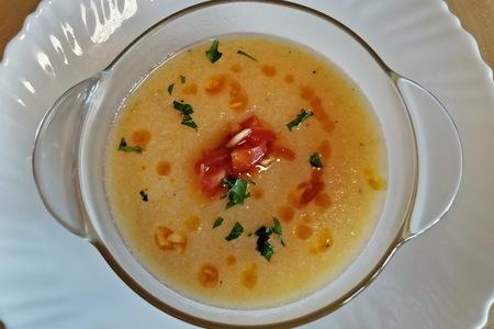 Фото к рецепту: Крем-суп из цветной капусты