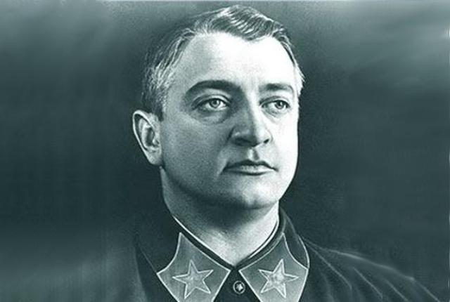 «Блицкриг Тухачевского»: как маршал СССР планировал победить в войне с западными странами