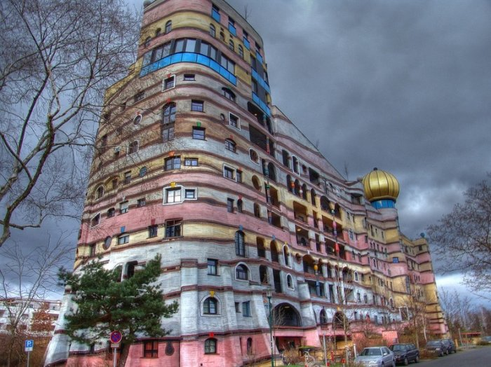 Необычная архитектура Фриден…